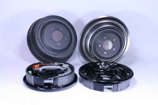 DR1504K & DR1505K Pictured – Ford Small Bearing & Torino Bearing Flange